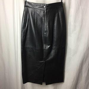 Suzelle Skirts - Vintage Suzelle Genuine Leather Pencil Skirt Sz 6